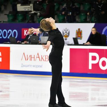 Leonid Sviridenko during the short program at the Russian National Championships 2020.  Леонид Свириденко в короткой программе на Чемпионате России 2020.