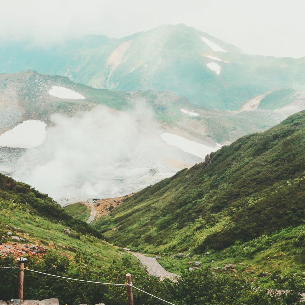 Tateyama Kurobe Alpine Route.