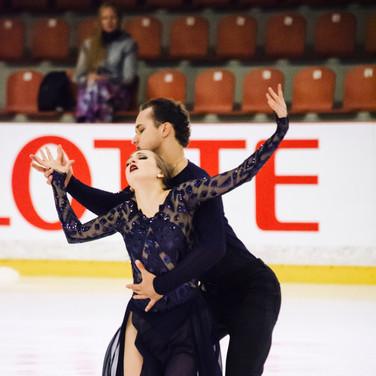 Molly Cesanek / Yehor Yerohov performing their free dance at the ISU Junior Grand Prix Riga Cup 2019.