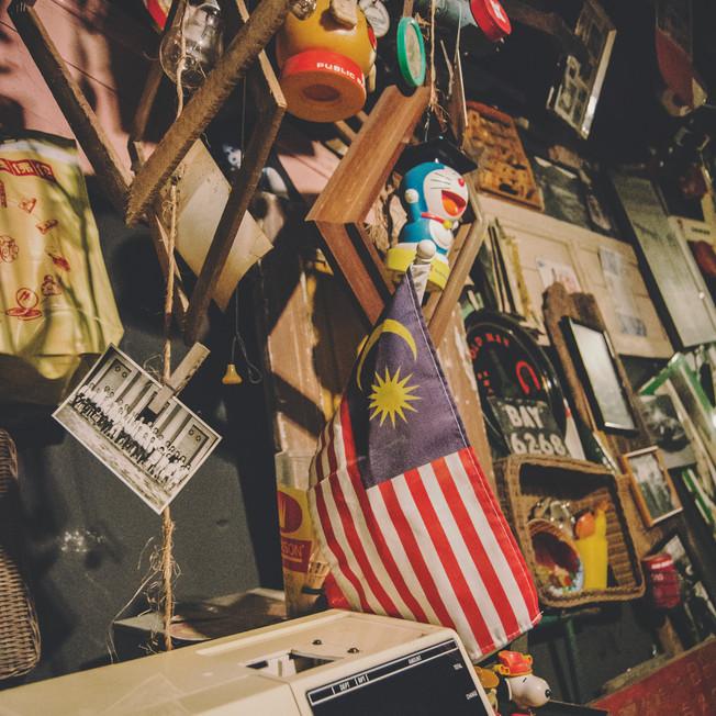 Random antique stuff and Malaysian flag.