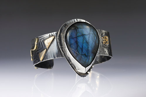 Labradorite and Sterling silver Cuff