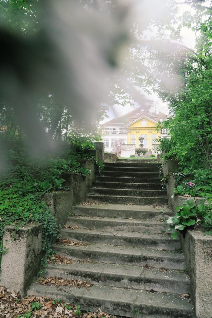 Alte Hütte und mein Weg zum Herrenhaus ...