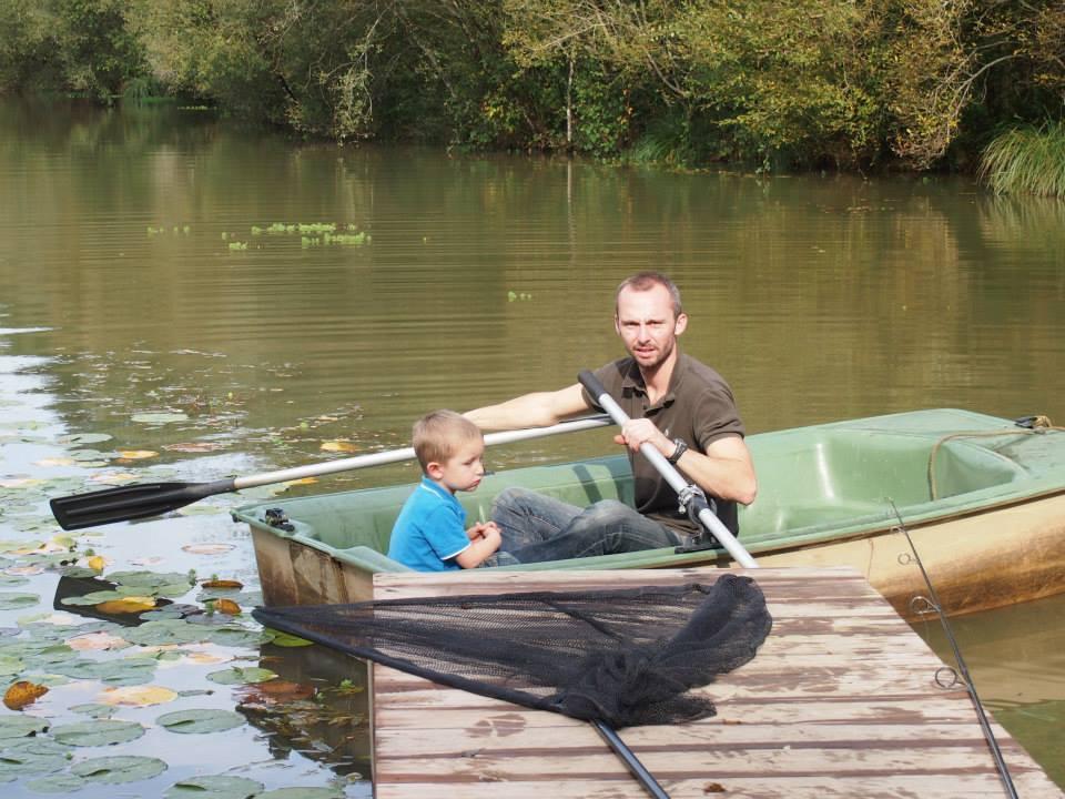 Carp Fishing for all the family at Les Gravelles France