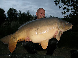 Carp at Les Gravelles to 58lb