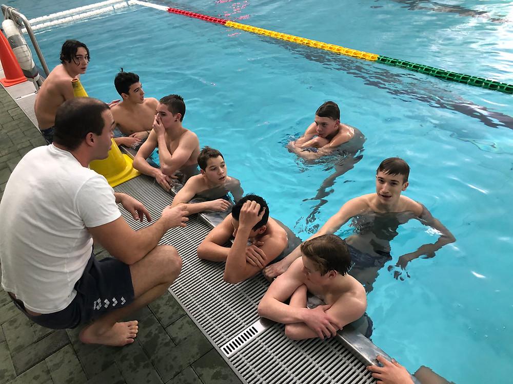 Besprechung der Taktik vor dem Spiel