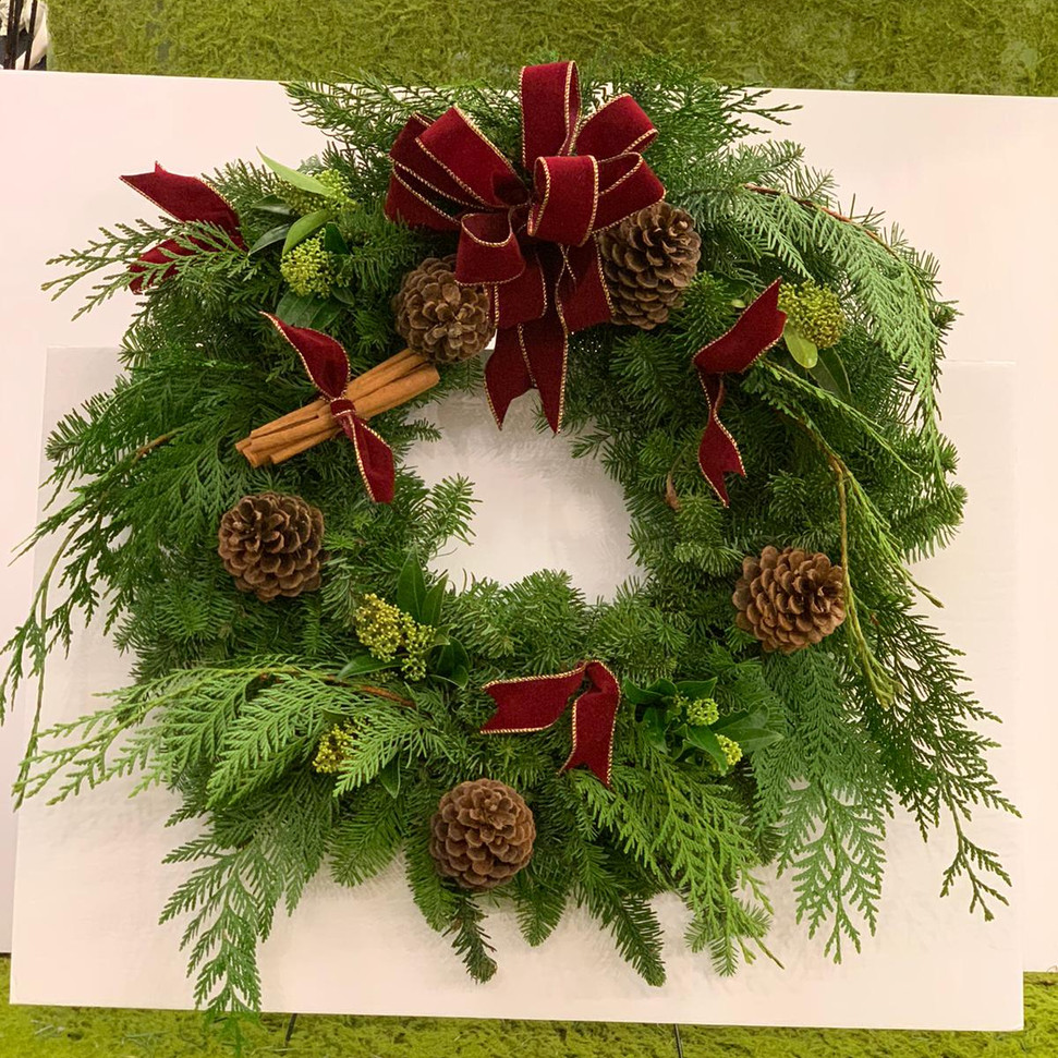 2020_christmas_wreath_red