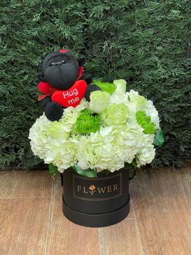 2021_valentines_day_flower_bucket