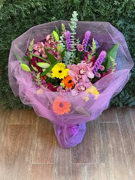 2021_colour_flower_bouquet