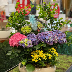 2021_mothersday_planter_gift