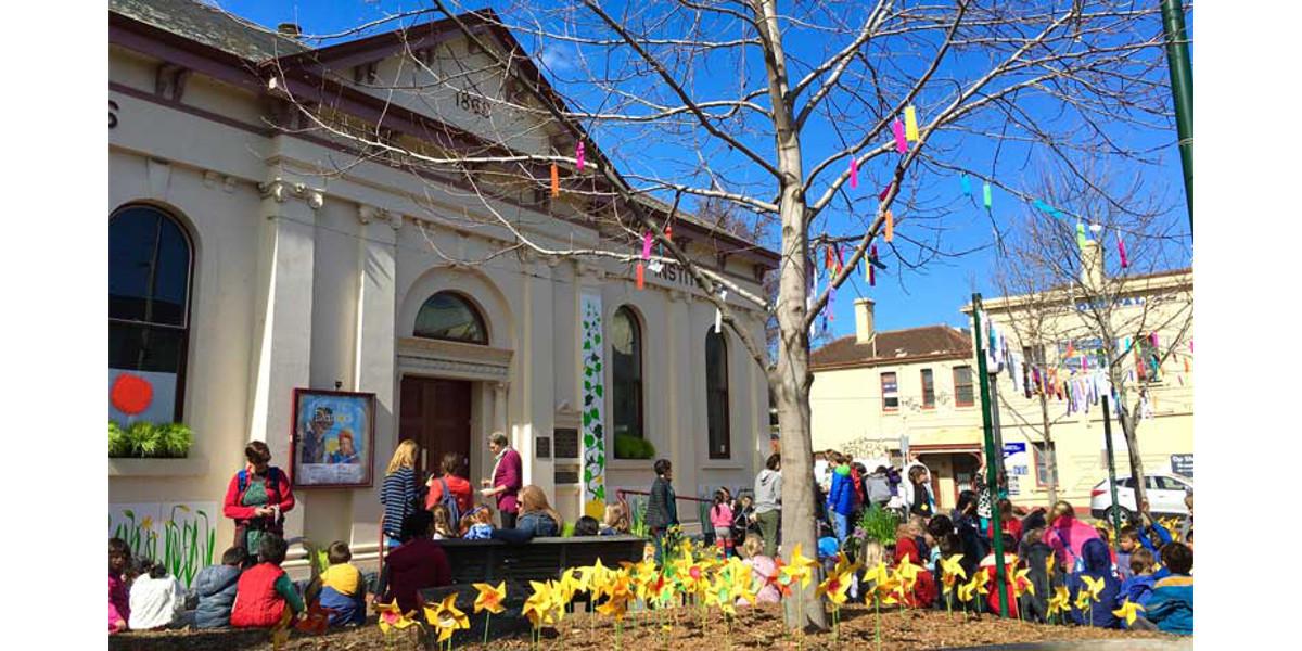 Engaging community, enlivening public space (credit E Honey)