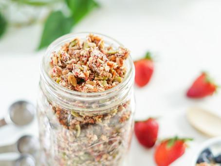 Flavorful Grain-free Strawberry Poppyseed Granola