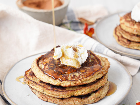 Simple Paleo Banana Pancakes
