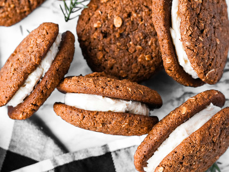 THE BEST Healthy Gingerbread Oatmeal Cream Pies