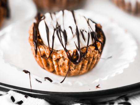Mini No-Bake Cherry Granola Cheesecakes