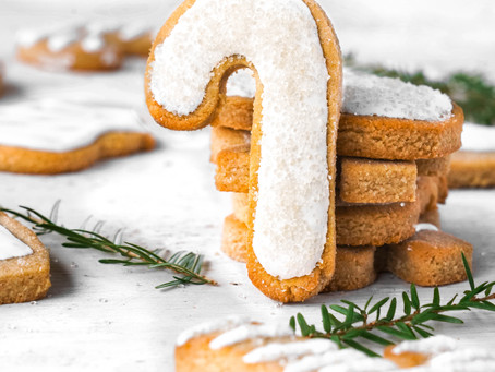 The Prettiest Cut-Out Christmas Cookies