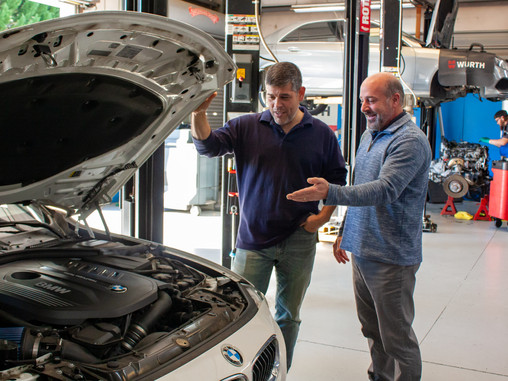 The Benefits of Using an Independently Owned Auto Repair Shop over a Dealership
