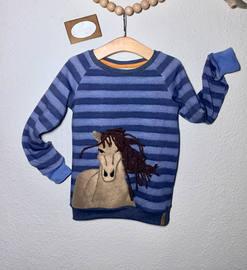 Raglan sweater mit Pferdeapplikation