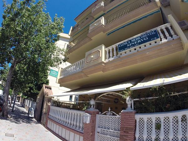Clinica Medicodental Sinervo - Suomalainen hammaslääkäri ja lääkäri. Los Boliches, Fuengirola, Espanja.