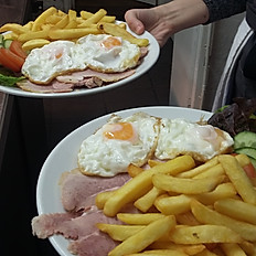 Honey Roast Ham, Egg & Chips