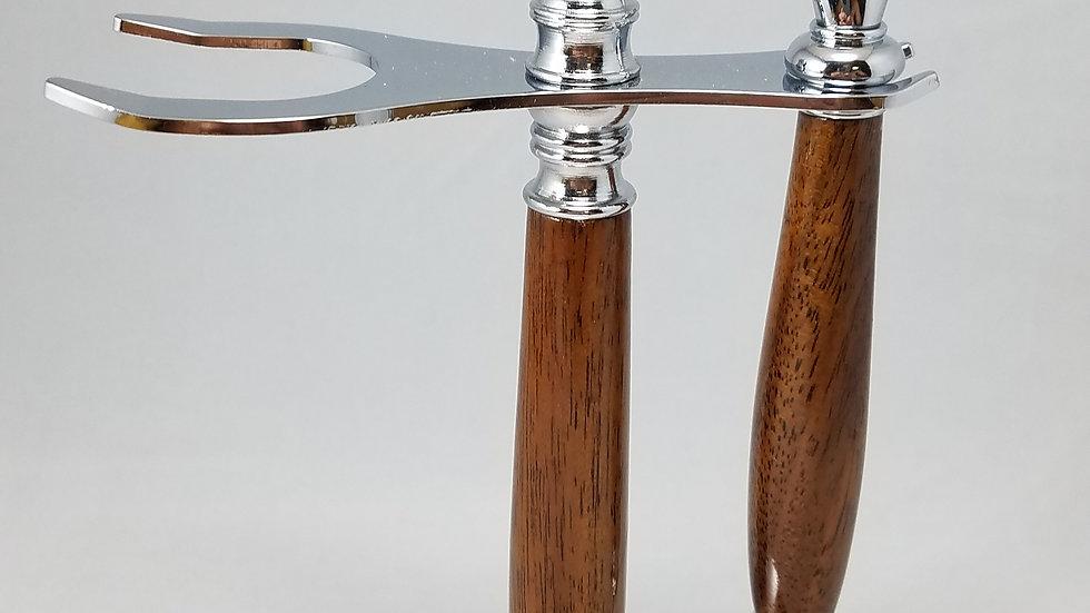 Razor handle and stand, walnut & chrome, mach 3