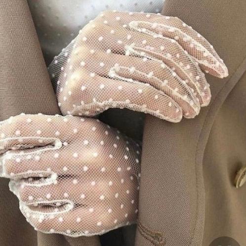 перчатки из фатина