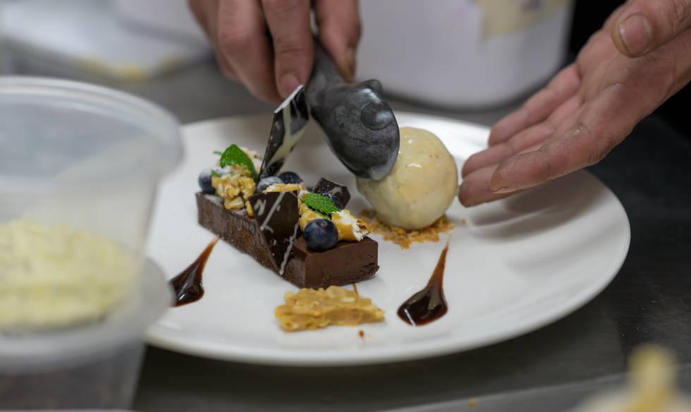 Callebaut Dark Chocolate Slice