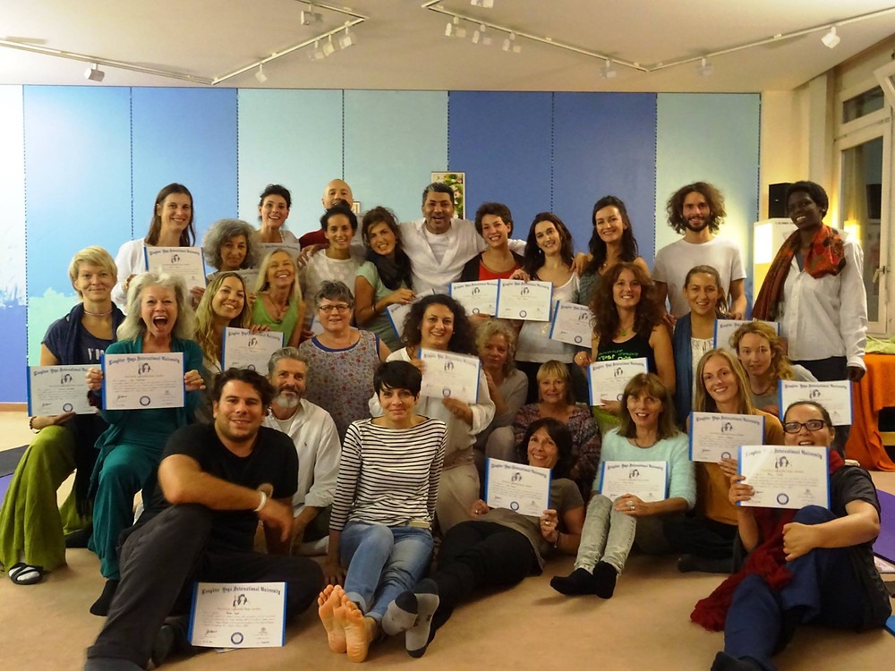 Laughter Yoga Training Lausanne