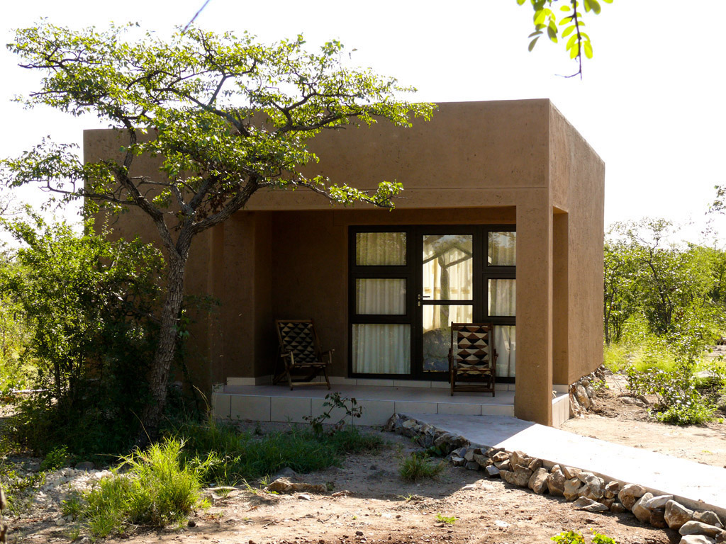toshari-lodge-accommodation-room-7-etosha-namibia