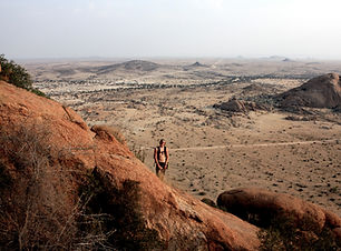Namibia_Spitzkoppe hiking.JPG