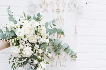 Large Cascading bouquet