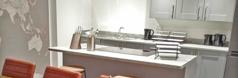 Entertaing-kitchen-4.jpg