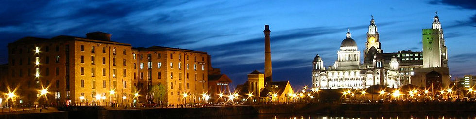 Albert_dock_at_night.jpg