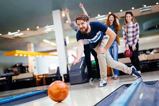 teens-bowling-700x467.jpg