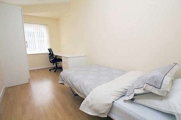 largo court bedroom liverpool