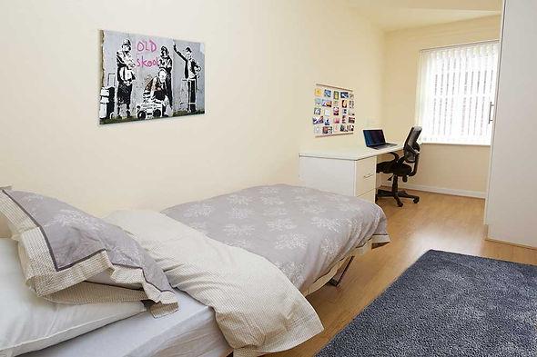 largo court bedroom