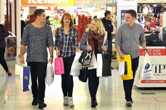 shopping in Preston