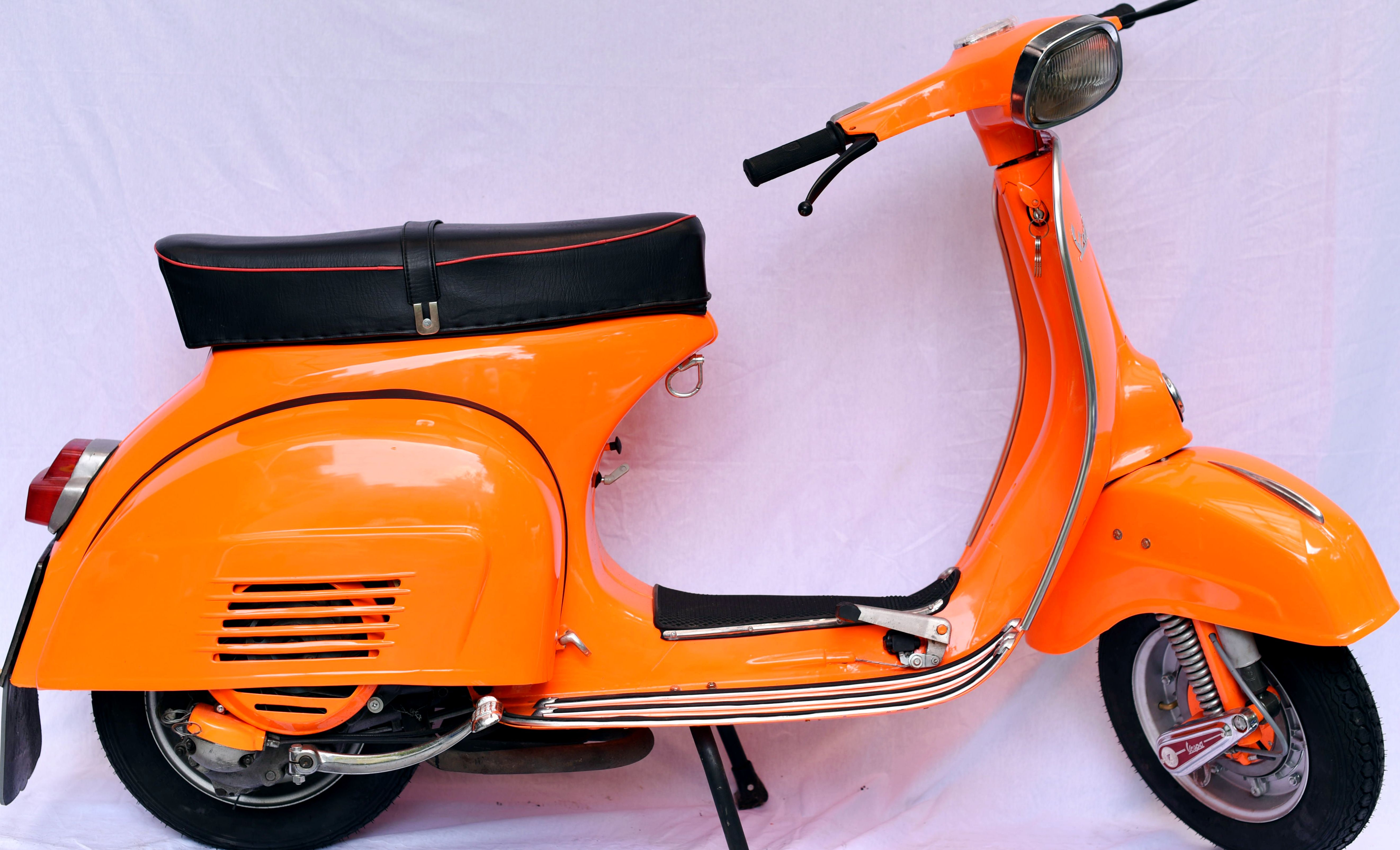 11 1978 Orange Super 150 Worldwide Vintage Vehicles