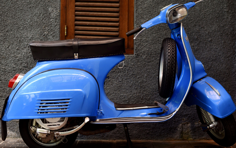 1 1976 Light Blue Vespa Super 150 Worldwide Vintage Vehicles