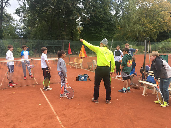Tennis Schule Worring in Weissensee Berlin