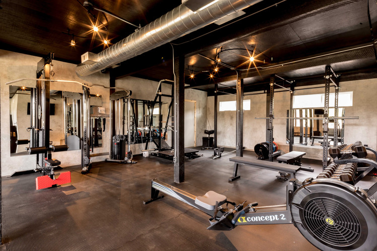 The Fully-Equipt Gym