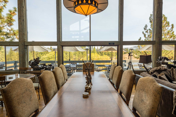 Intimate Dining Area for Gourmet Meals