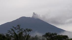 Agung erupsi