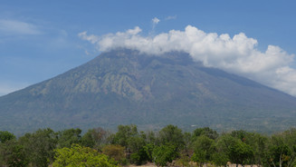 Agung from the North