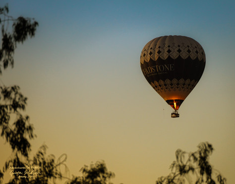 Hot Air Ballooning over Melbourne at sunrise