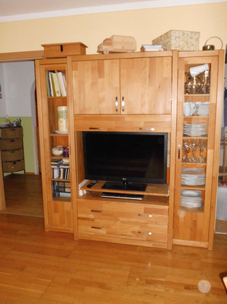 Wohnzimmerschrank (1).JPG