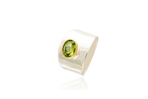 Sterling Silver 2 Tone Peridot Oval Ring