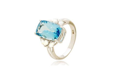 18K White Gold Diamond Aquamarine Ring