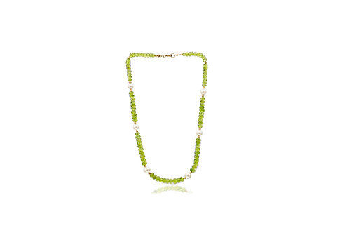 9K Gold Peridot White Fresh Water Pearl Necklace