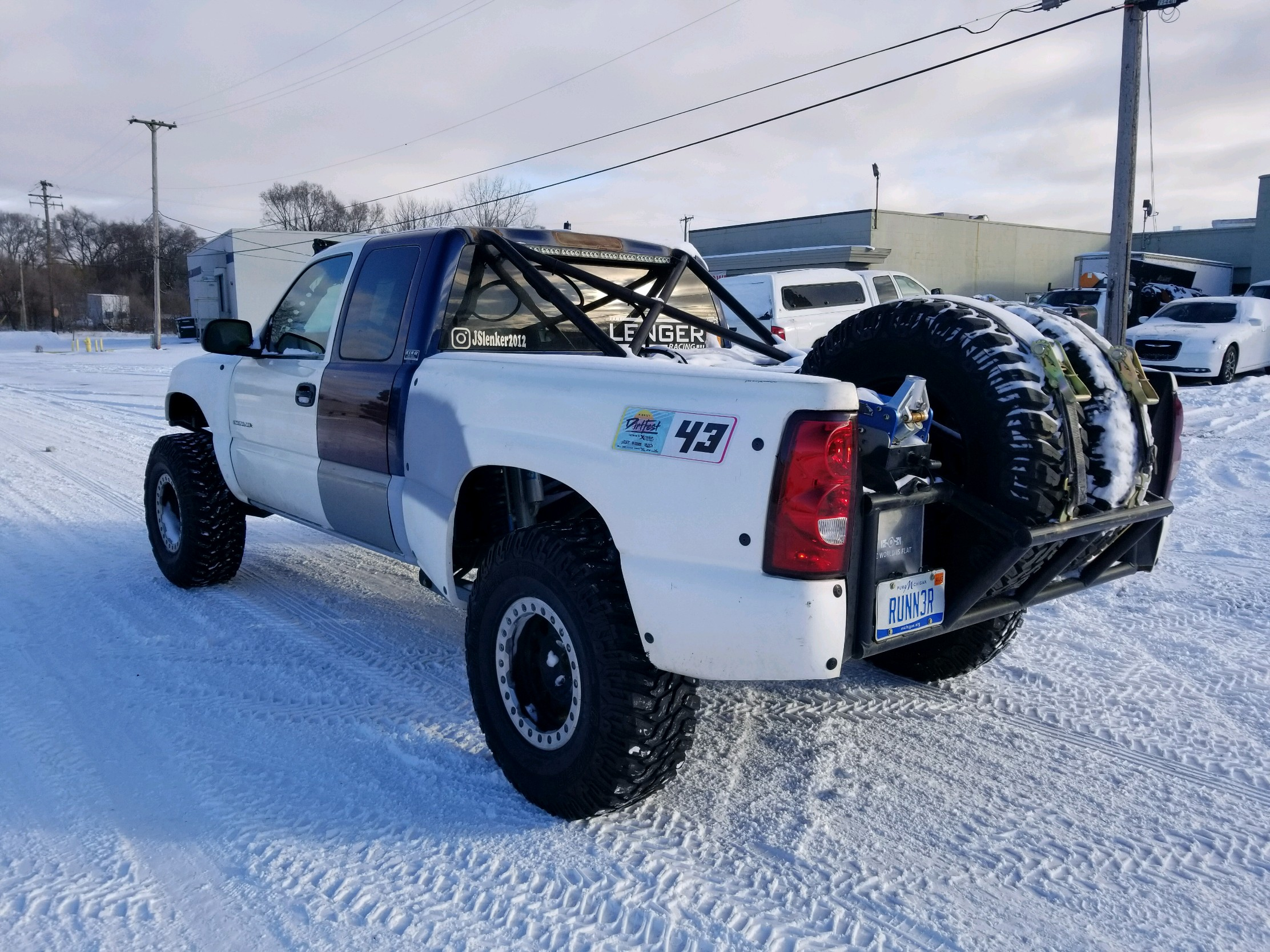 JARED PRERUNNER CHEVY 37 SNOW 3