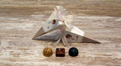 Pirámide 3 Bombones Comunión